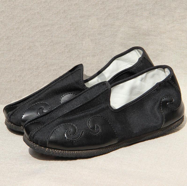 Taoists Shoes XIANG YUN