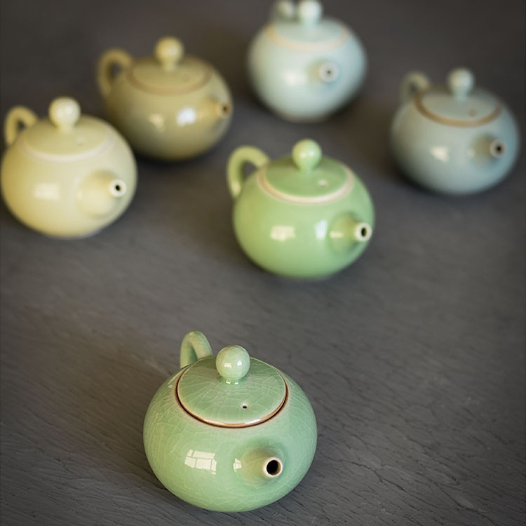 Celadon Ceramic Tea Pot 150ml -Yu Run