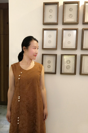 Heavy floral linen robe for woman, Yong Rong