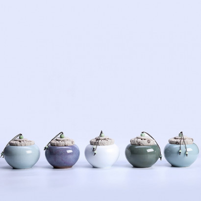 Celadon Ceramic Tea Storage Pot - Wu Cai Shi