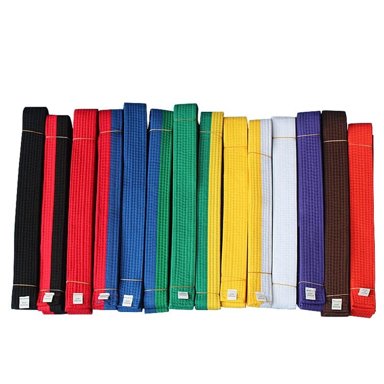 Ceinture de Taekwondo - Doboks et ceintures - Taekwondo - Disciplines -  Webmartial 2ec6ae7e9f0